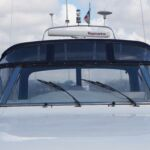 Broom 50 - Large windscreen allows all round visability