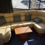 Broom 50 - Saloon seating with coffee table