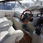 Broom 50 - Separate helm and passenger seats