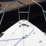 Sealine S28 - Electric anchor windlass with remote deck controls