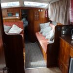 Ocean 30 - View into the main cabin