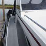 Pedro Solano 33 - Side gate access with wide side decks
