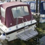 Fairline Mirage - Stern view with bathing platform, boarding ladder and davits