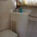 Princess 32 - Heads with chemical toilet, wash hand basin and shower